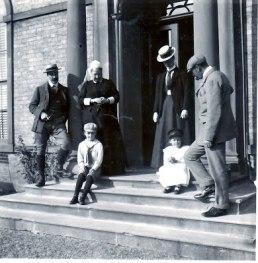 Algy Barkworth, Catherine Hester, Evie, Edmund with Henry Edmund & Dorothy tranby Hse